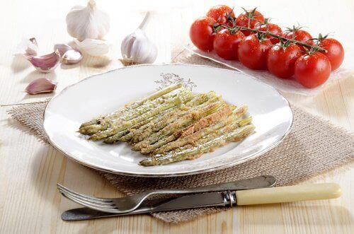 DU kan äta grönsaker råa eller tillagade
