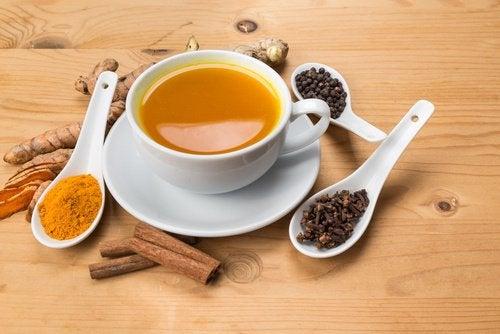 Ingredienser för te