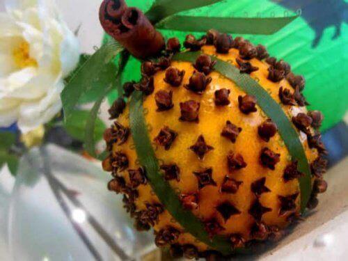 apelsin med kryddnejlika