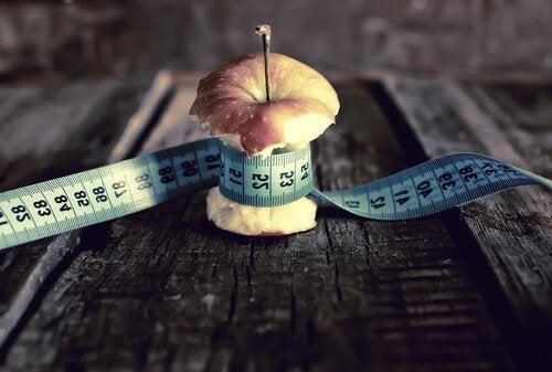 Äpple med måttband