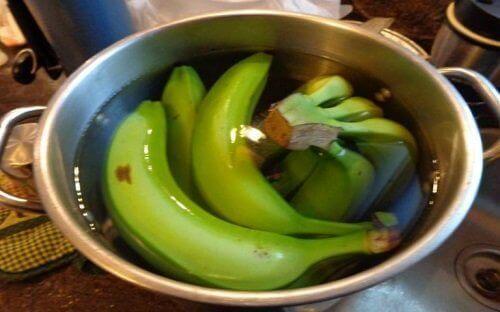 bananer i vatten