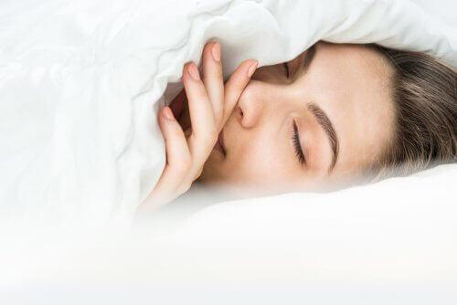 Hur sover man egentligen när det är kallt?