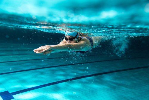 simma för att bli av med vätskeretention