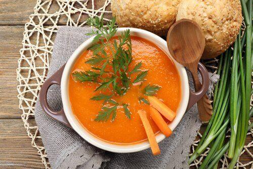 Soppa med morot
