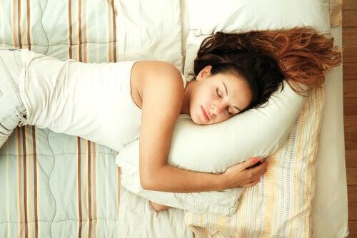 God sömn hjälper dig stärka ditt immunförsvar