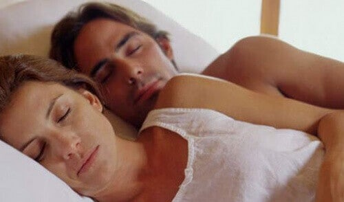 Sovande par