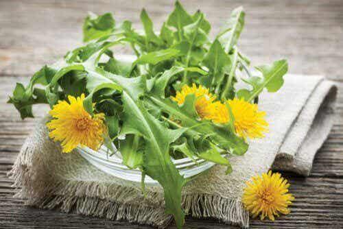 7 naturliga diuretika du borde lägga till i din kost