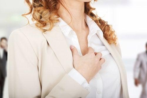 Hjärtklappning kan vara ett tecken på sköldkörtelproblem