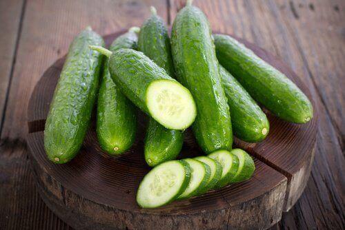 Återfukta huden med gurka