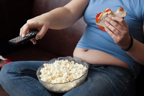 Stillasittande leder till övervikt