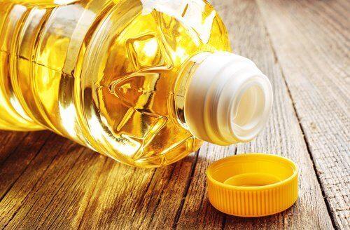 Fettsyror bidrar till produktionen av inflammatoriska kemikalier