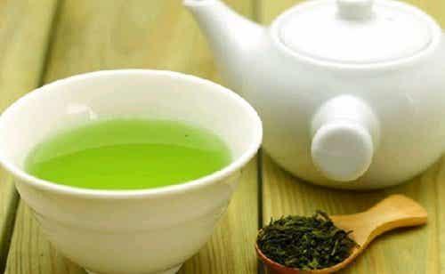 Hur man dricker grönt te för flest fördelar