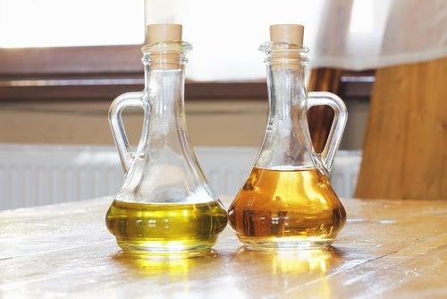 Vinäger och olivolja