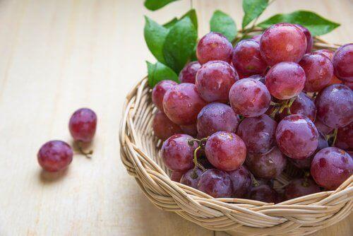 5 anledningar att äta röda vindruvor