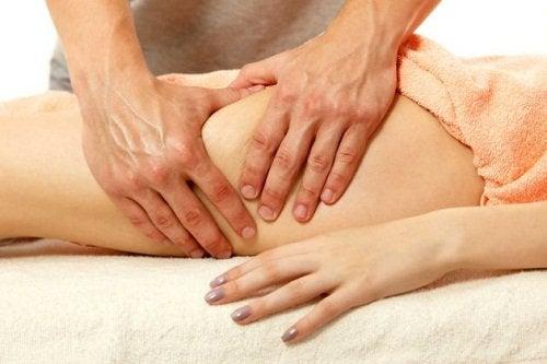 Massage av låren