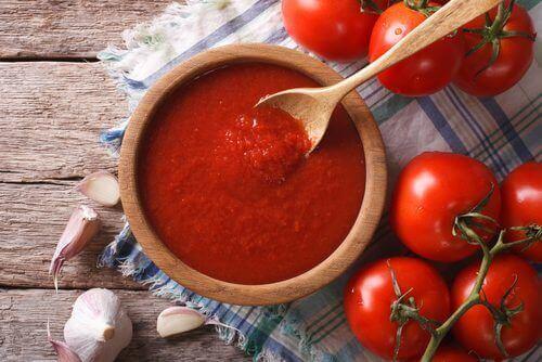Hemmagjord tomatsås med antioxidanter