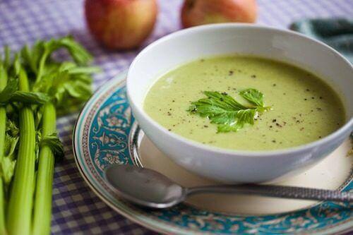 Förändringar i din kost: ät grön soppa