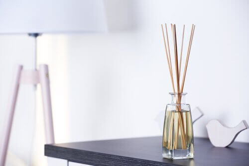 Doftpinnar av bambu
