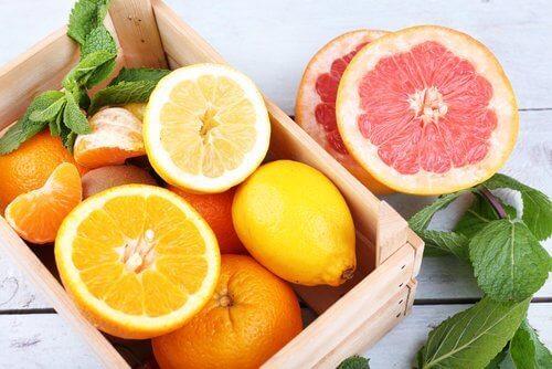 Citrusfrukter bör undvikas