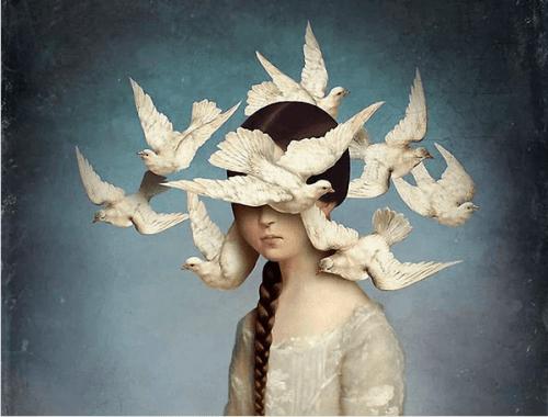 Flicka med fåglar