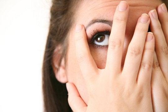 Händer för ansiktet