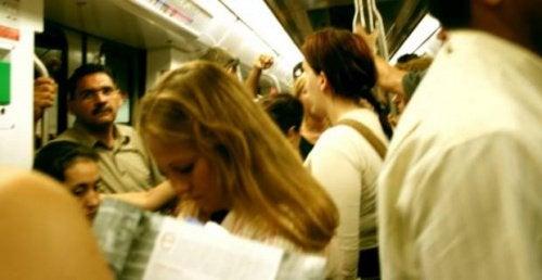 social-fobi-är-en-typ-av-ångest
