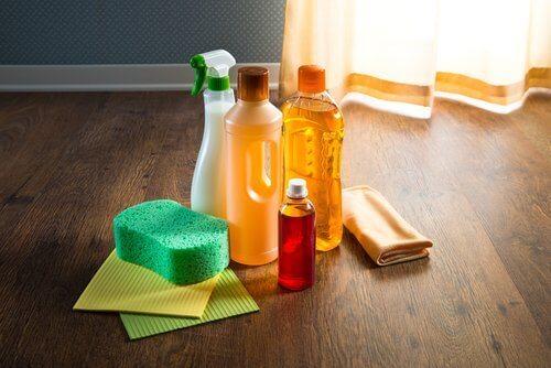 Ersätt dina kemiska rengöringsmedel