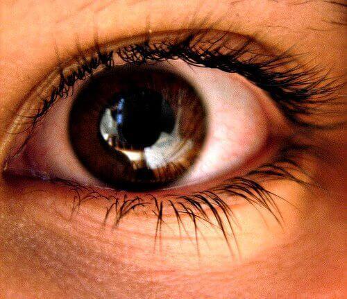 Vidgade pupiller är ett symptom på ångest