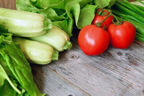 grönsaker för att behandla vätskeretention