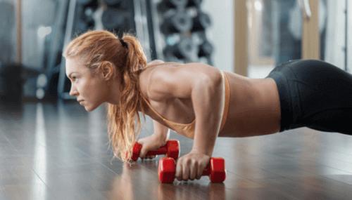 Kvinna med muskler