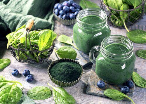 Lär dig om de fantastiska hälsofördelarna med spirulina