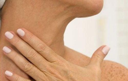 rynkor på halsen