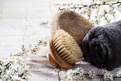 Borste och handduk