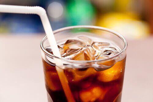 Undvik att dricka läsk