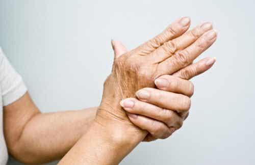 6 oljor för att behandla artrit naturligt