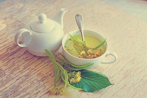 Te på linden