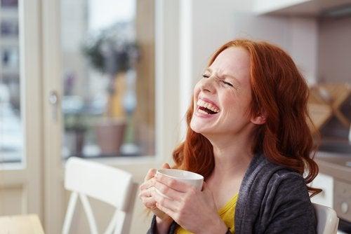 Skratta regelbundet
