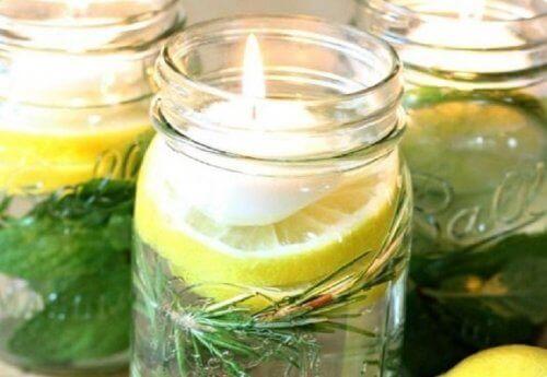 Doftljus med citronella
