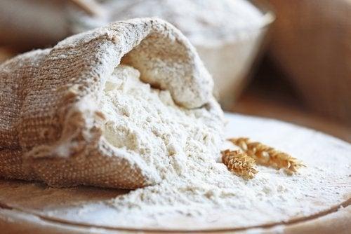 Är det dåligt att äta mjölbaserade livsmedel på kvällen?