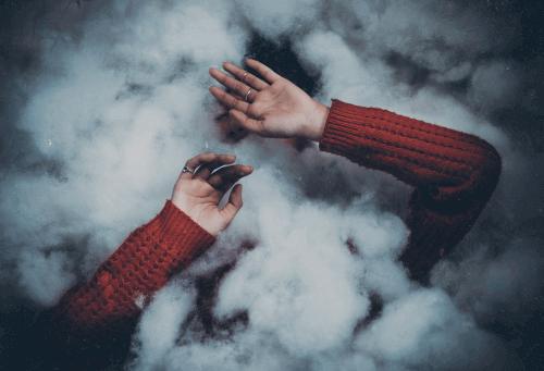 Moln och händer