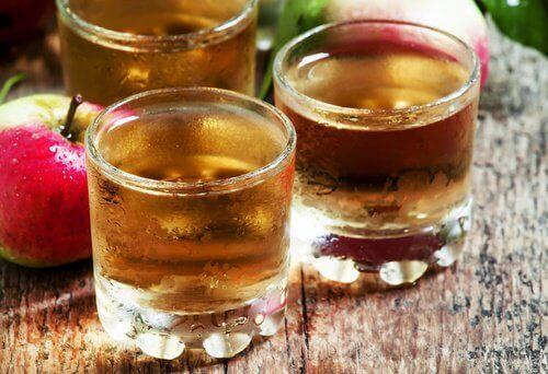 Äppelcidervinäger i glas