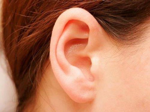 Tvätta örat