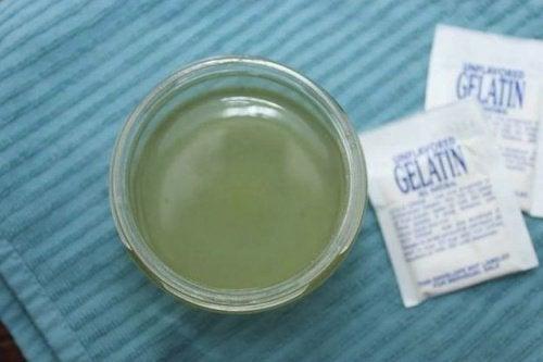 En dryck med gelatin kan lindra magkatarrsbesvären