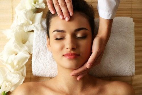 Massage av huvudet