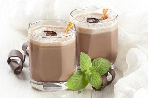smoothie med choklad och mynta