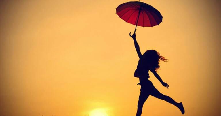 kvinna med paraply