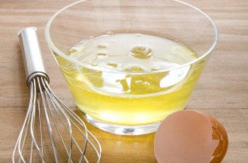 äggvitor i skål