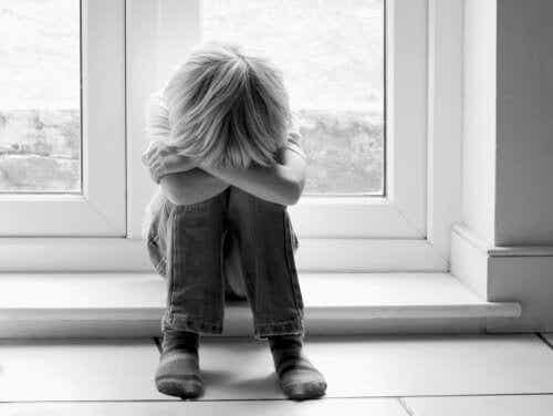 Hur man vet om ens barn är mobbat i skolan