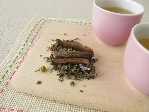 Gör te på lakritsrot