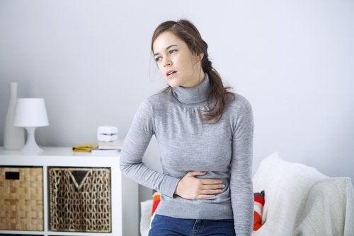 Kvinna med reflux